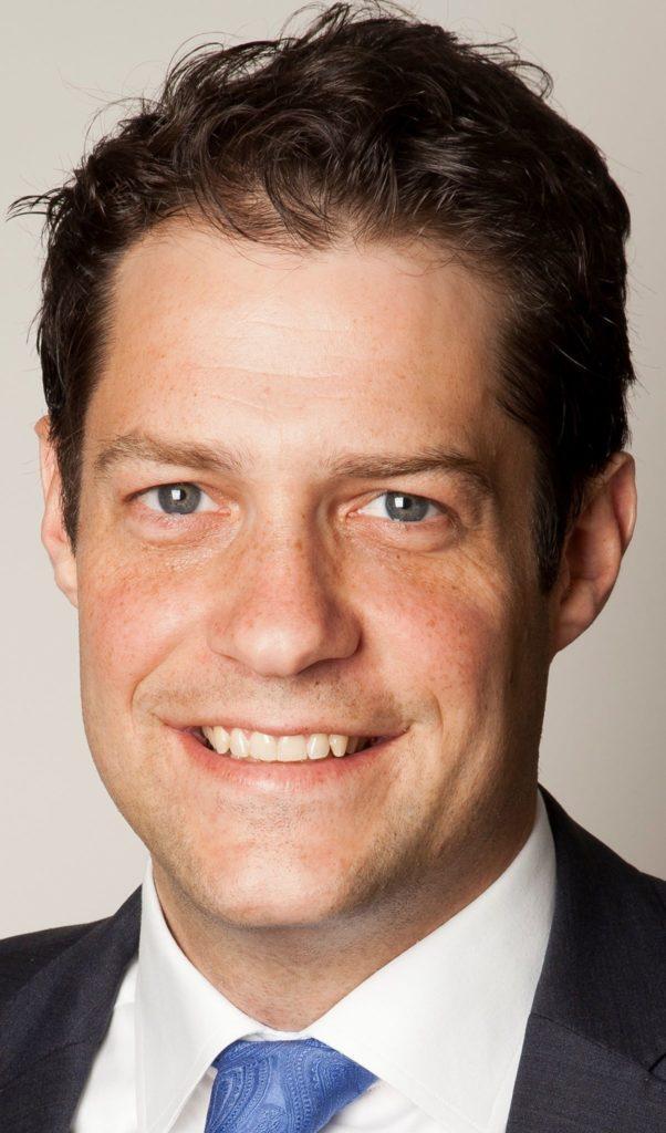 Unser Gast Rechtsanwalt Dr. Johannes Dilling, LL.M., Maître en droit ist Spezialist für unternehmerische Compliance, Verteidiger in Wirtschaftsstrafsachen (Website) und betreibt als Ombudsmann ein Portal für Whistelblower.